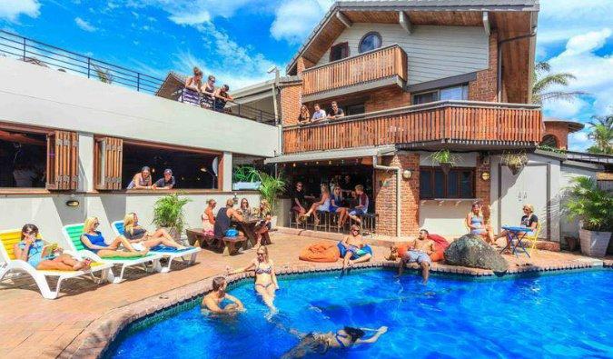 hostels in australia