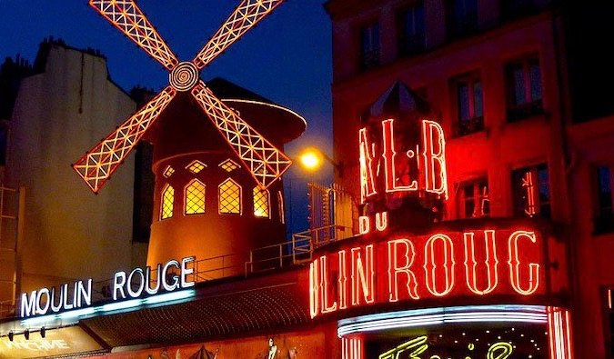 the famous moulin rouge