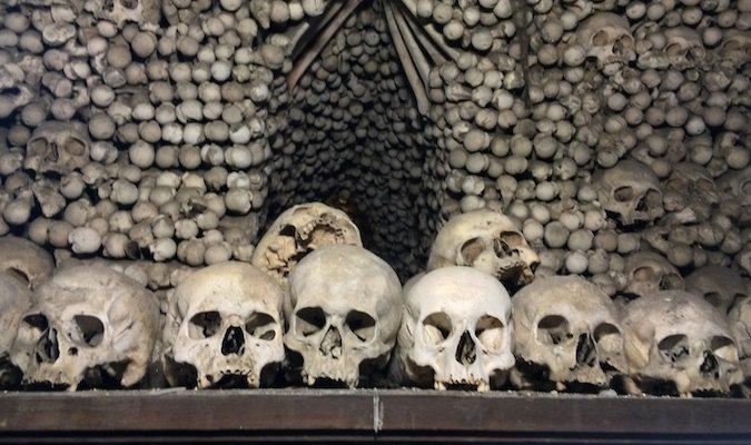 skulls at the sedlec ossuary in kutna hora