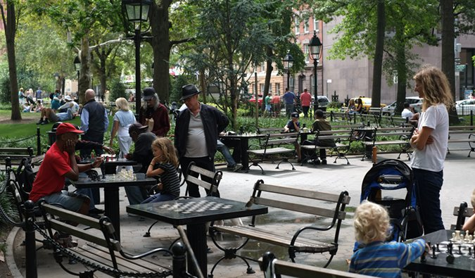 a park scene in the West Village; Photo by Nicolás Boullosa (flickr:@faircompanies)