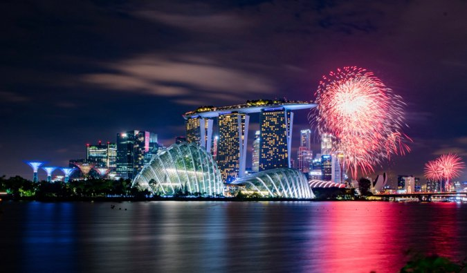 fireworks in singapore on new years eve