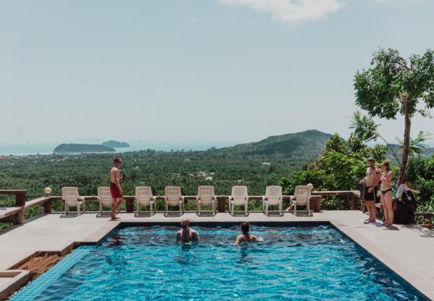 Ko Pha Nghan pool views
