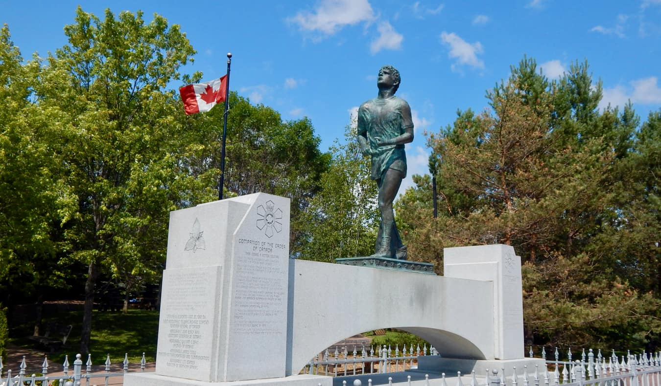 A statue of Canadian hero Terry Fox in Thunder Bay, Ontario